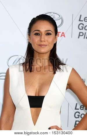 LOS ANGELES - OCT 22:  Emmanuelle Chriqui at the 26th Annual Environmental Media Awards at Warner Brothers Studio on October 22, 2016 in Burbank, CA