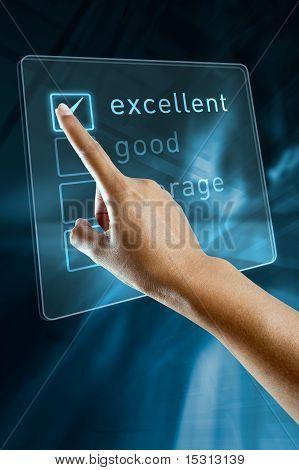 Une main de femme sélectionne une option sur un écran