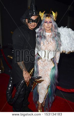 LOS ANGELES - OCT 22:  Mike Sorrentino, Aubrey O'Day at the 2016 Maxim Halloween Party at Shrine Auditorium on October 22, 2016 in Los Angeles, CA