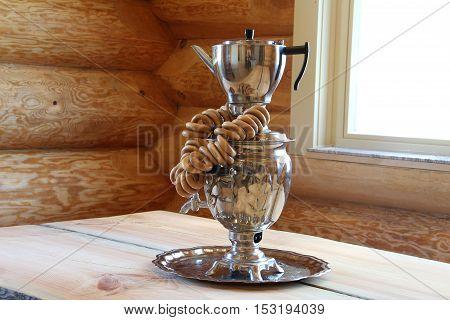 Composition with samovar / The samovar is on the table