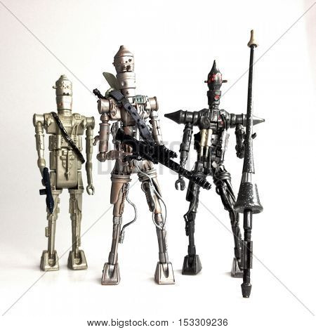 Star Wars Bounty Hunter Droids IG88 - Vintage Kenner mixed with Modern Hasbro version and an IG Lancer Droid