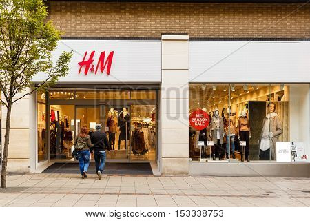 NOTTINGHAM ENGLAND - OCTOBER 22: Frontage of the H & M clothing store. On Listergate Nottingham England. On 22nd October 2016.