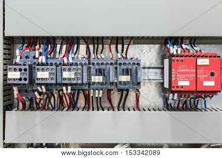Magnetic Contactors And Safety Relay
