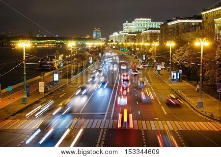 Moscow, Russia - Oktober, 6, 2016: Night traffic in Moscow