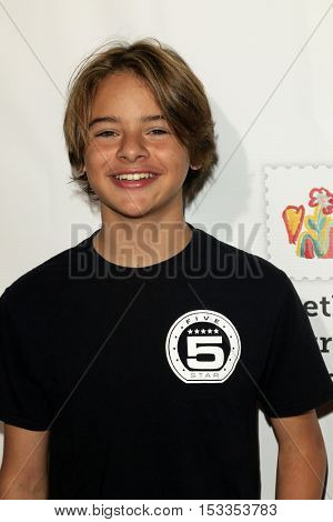 LOS ANGELES - OCT 23:  Mace Coronel at the Elizabeth Glaser Pediatric AIDS Foundation A Time For Heroes Event at Smashbox Studios on October 23, 2016 in Culver City, CA