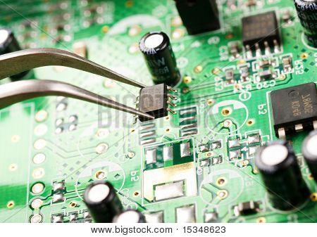 Assembling a circuit board