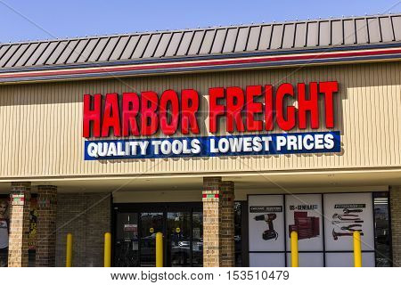 Anderson - Circa October 2016: Harbor Freight Tools Strip Mall Location. Harbor Freight Tools is a discount tool and equipment retailer II