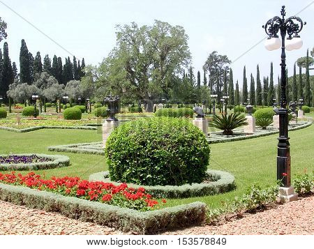 Akko Israel - May 11 2004: The center part of Bahai garden.