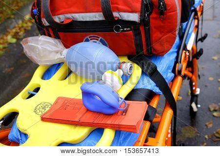 breathing mask emergency ambulance rescue stretcher trolleys equipment doctors