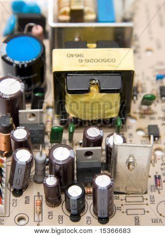 Big computer chip with capacitors.