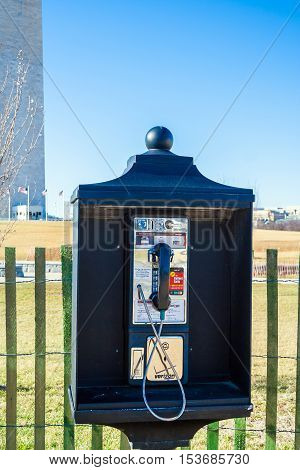 Washington Dc, Usa - January 27, 2006: Street Telephone Booth Of The Verizon