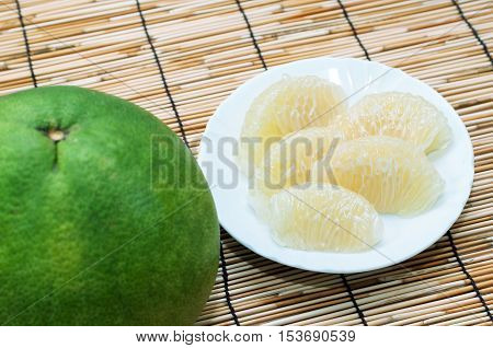 Sweet Green pomelo fruit with slice pomelo