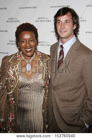 Noah Wyle and CCH Pounder at the Archbishop Desmond Tutu's 75th Birthday Party held at the Regent Beverly Wilshire Hotel in Beverly Hills, USA on September 18, 2006.