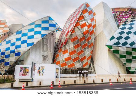 Louis Vuitton Foundation Designed By Frank Gehry