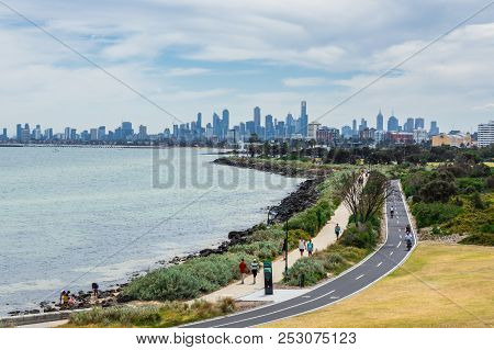 Melbourne, Australia - February 18, 2018: View Of The Melbourne Skyline From Point Ormond In The Inn