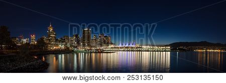 Vancouver, Bc, Canada - Sept 12, 2015: Downtown Vancouver And Canada Place At Night, With The North