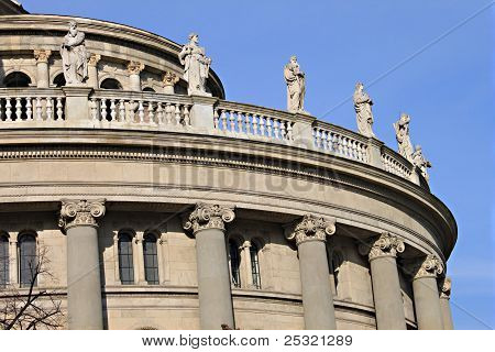 statues adorning the Budapest opera