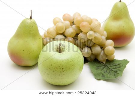 Apple with pears