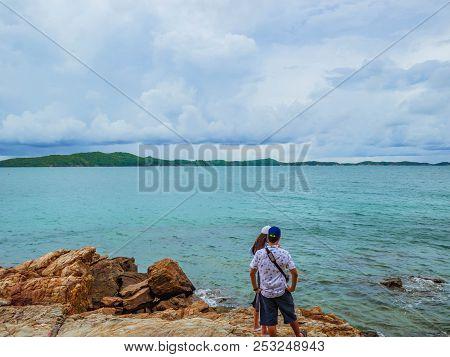 Rocky Coast Beach Seascape On Idyllic Ocean And Lover Couple Stand On The Rocky,khao Laem Ya Nation