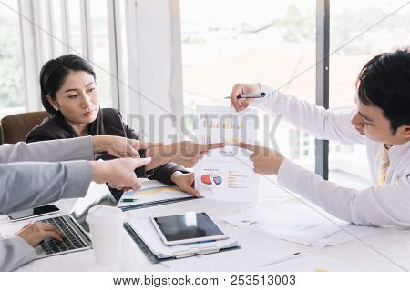 Businessmen Gather At The Talk Show Desk For Interesting Ideas In The Office.