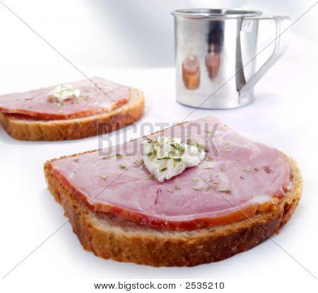 Ham Toasts