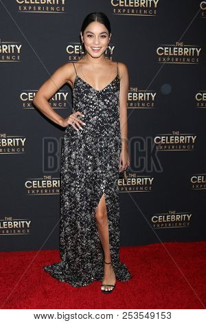 LOS ANGELES - AUG 12:  Vanessa Hudgens at the The Celebrity Experience at the Universal Hilton Hotel on August 12, 2018 in Universal City, CA