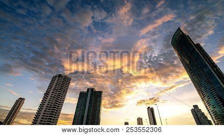 Beautiful Sunset Of The Metropolitan Bangkok City Downtown Cityscape Urban , Cityscape Bangkok City