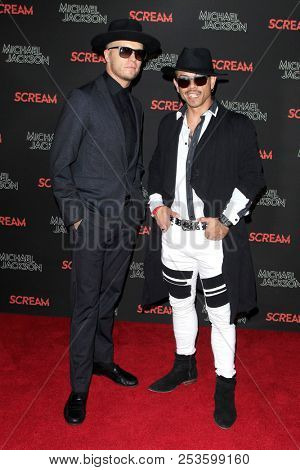 LOS ANGELES - OCT 24: Guest, JJ Vilar at The Estate of Michael Jackson + Sony Music present Michael Jackson Scream Halloween Takeover at TCL Chinese Theatre IMAX on October 24, 2017 in Los Angeles, Ca
