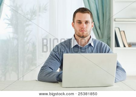 Young businessman working in homeoffice