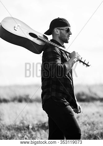 In Search Of Muse. Summer Vacation. Dreamy Wanderer. Peaceful Mood. Hiking Song. Musician Looking Fo