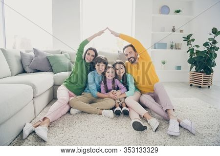 Portrait Of Nice Attractive Cheerful Cheery Glad Adorable Friendly Ideal Family Three Pre-teen Kids