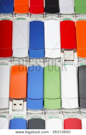 Hintergrundbild von Usb-flash-Speicher kombiniert