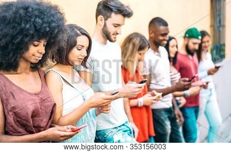 Multicultural Friends Group On Addicted Moment Using Mobile Smart Phones - Gen-z Young People Hypnot
