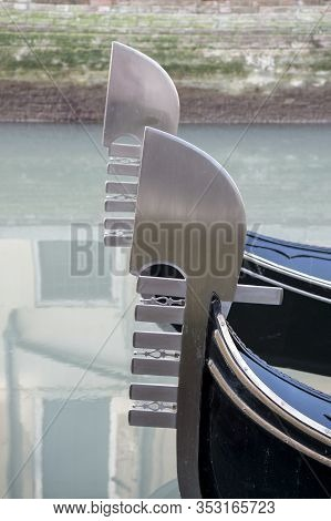 The Typical Comb Or Iron Prow (ferro) Of The Gondola Has The Aim To Protect The Bow From Possible Co