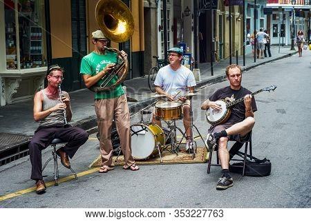 New Orleans, Louisiana, United States - July 17 2009: Jazz Band With Sousaphone, Clarinet, Banjo And