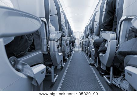 rows of seats on airplane
