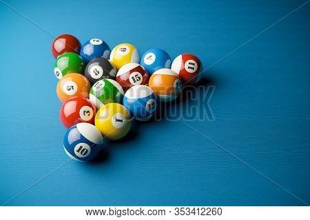 Snooker Balls In Billiard Pyramid On Billiard Table. 3d