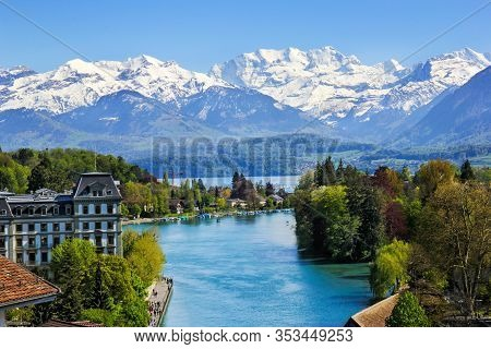 Thuner Lake Viewed From Thun City With Beautiful Panorama View To Alps Snow Mountain Scenery - Switz
