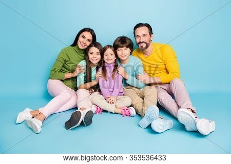 Portrait Of Nice Attractive Lovely Cute Careful Friendly Ideal Cheerful Cheery Big Full Family Sitti