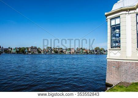 Zaanse Schans, Netherlands - 1 October 2019: Traditional Dutch Rural Houses In Zaanse Schans, A Typi