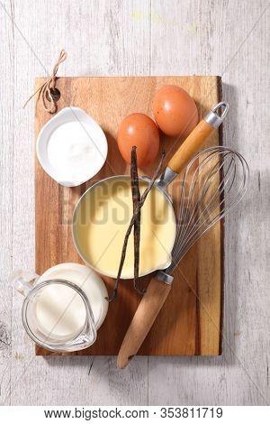 custard creme with ingredient- vanilla, milk and egg