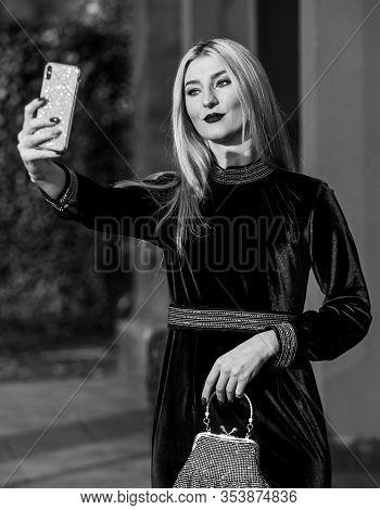 Elegant Woman In Green Velour Dress. Glamour Velvet Textile. Sexy Businesswoman Make Selfie On Phone