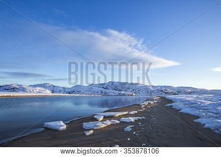 Guba Voronya, Barents Sea Bay. Kola Peninsula Winter Landscape