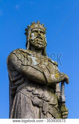 Stirling, Scotland  - September 17 2019: Statue Of Robert The Bruce In Stirling Castle Esplanade, Uk