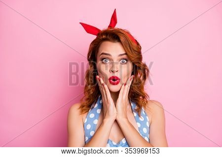 Close Up Photo Of Astonished Lady Look Good Hear Incredible Sales Discount Novelty Impressed Scream