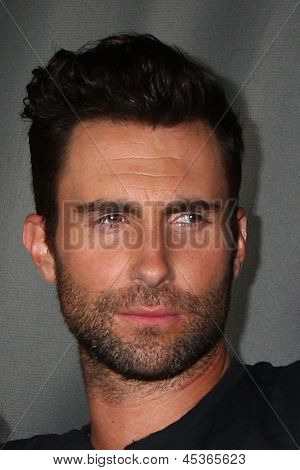 LOS ANGELES - MAY 8:  Adam Levine arrives at