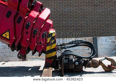 Telescopic Red Truck Crane Hook