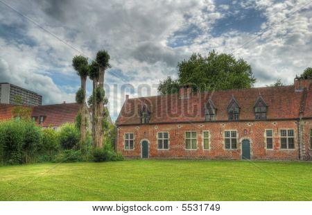 Grand Beguinage Houses And Garden Exterior Leuven