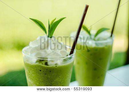 Grüner Tee-Smoothies