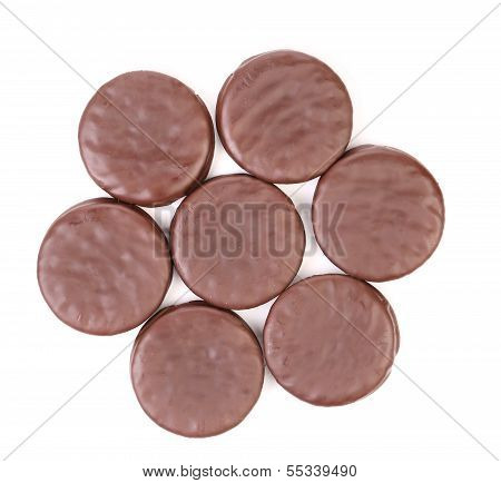 Seven biscuit sandwich with chocolate. Hexahedron.